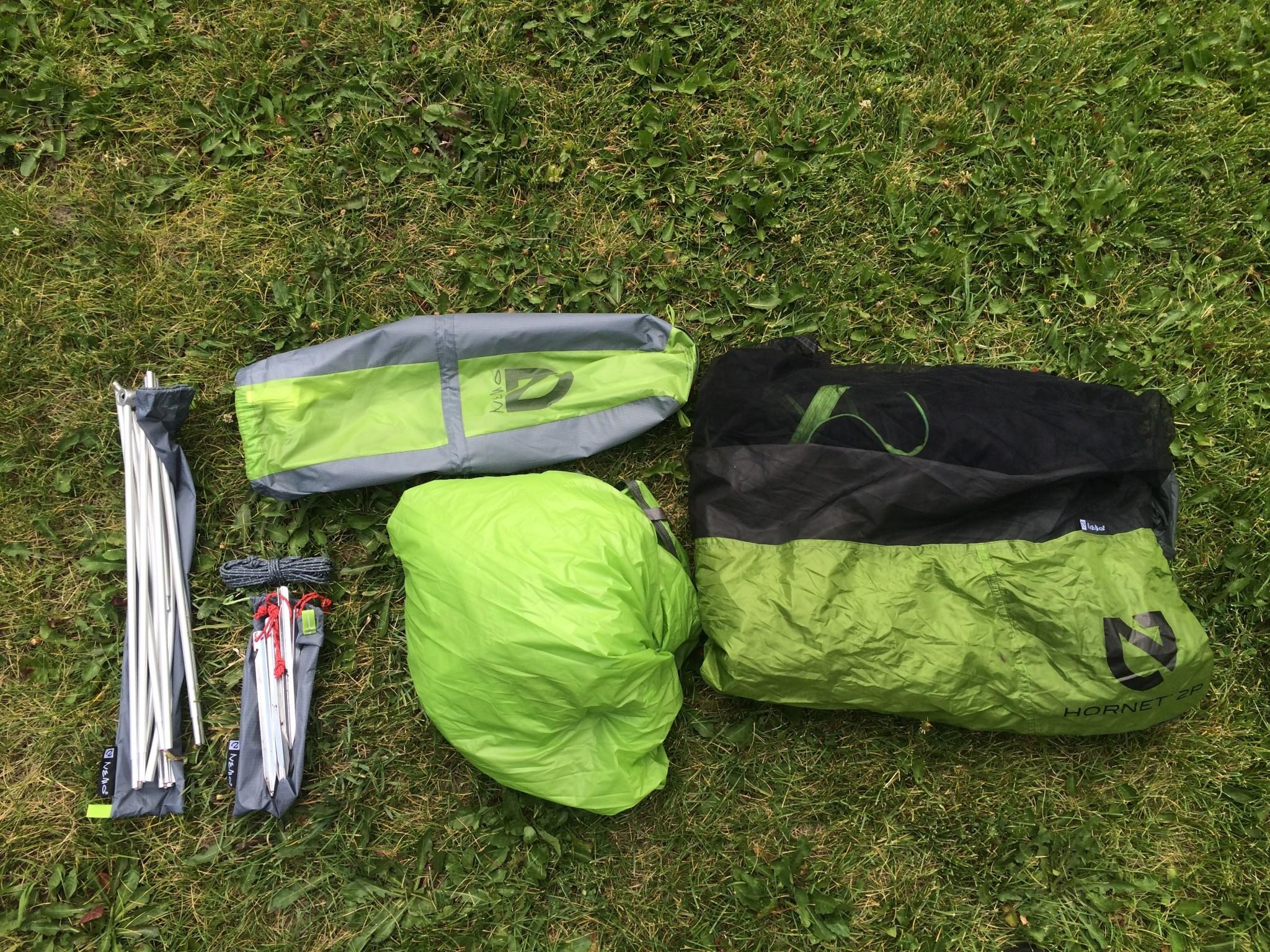 Комплектация ультралегкой палатки для походов Nemo Hornet